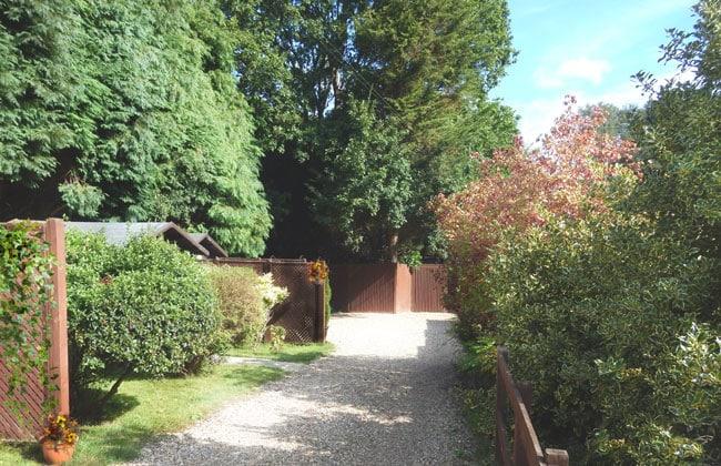 Chestnut Lodge Pet Crematorium, Pet Cemetery, London, Sussex, Surrey